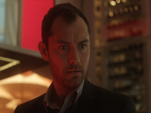 Jude Law als Dr. Banks in